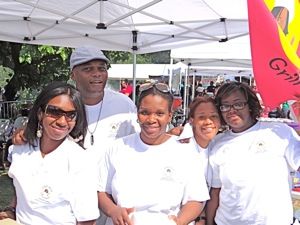 chef mom and staff at the jamaican jerk festival 2012 photos